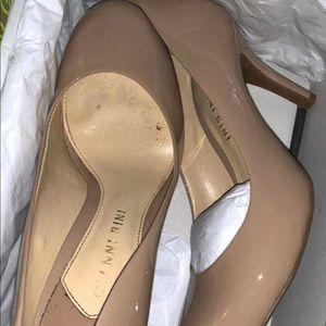 Gianni Bini Nude Heels
